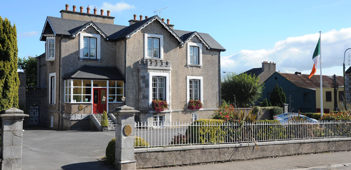 Fermoy Golf Club Located just utes drive from Cork